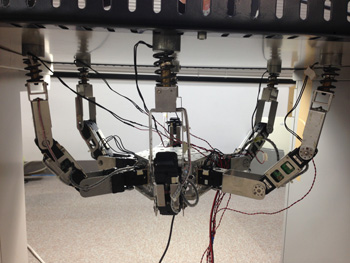 A New Close-Loop Control Method for an Inspection Robot Equipped with Electropermanent-Magnets